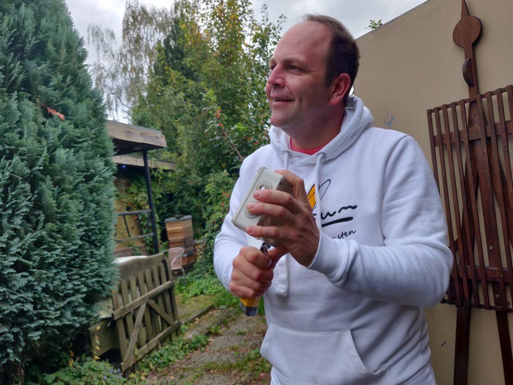 Wärmeschrank - gute Leute brauch das Land Marcel von SumSum-Honig.de
