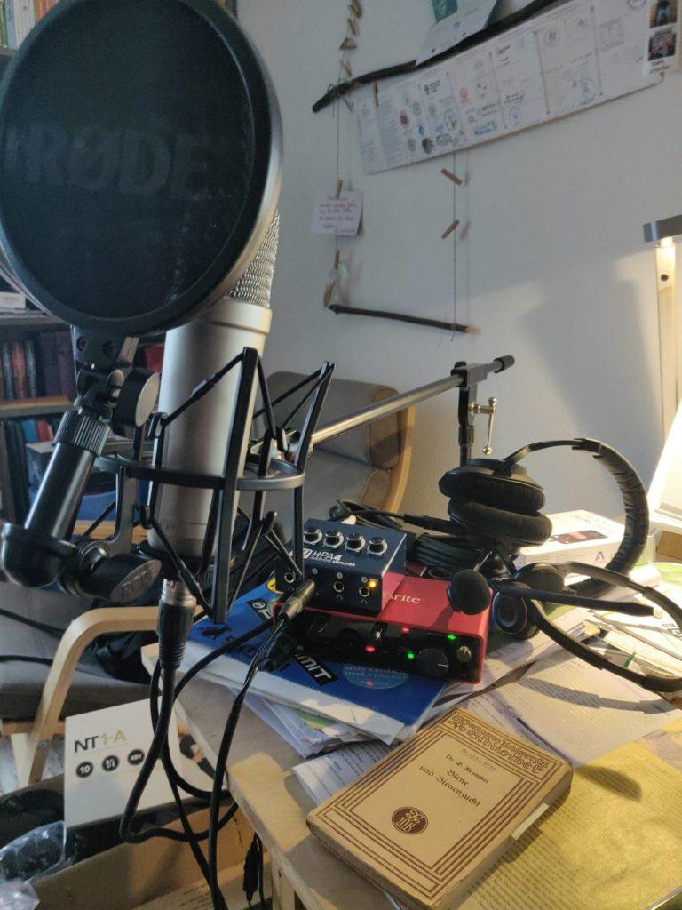 h2b13 podcasting hardware